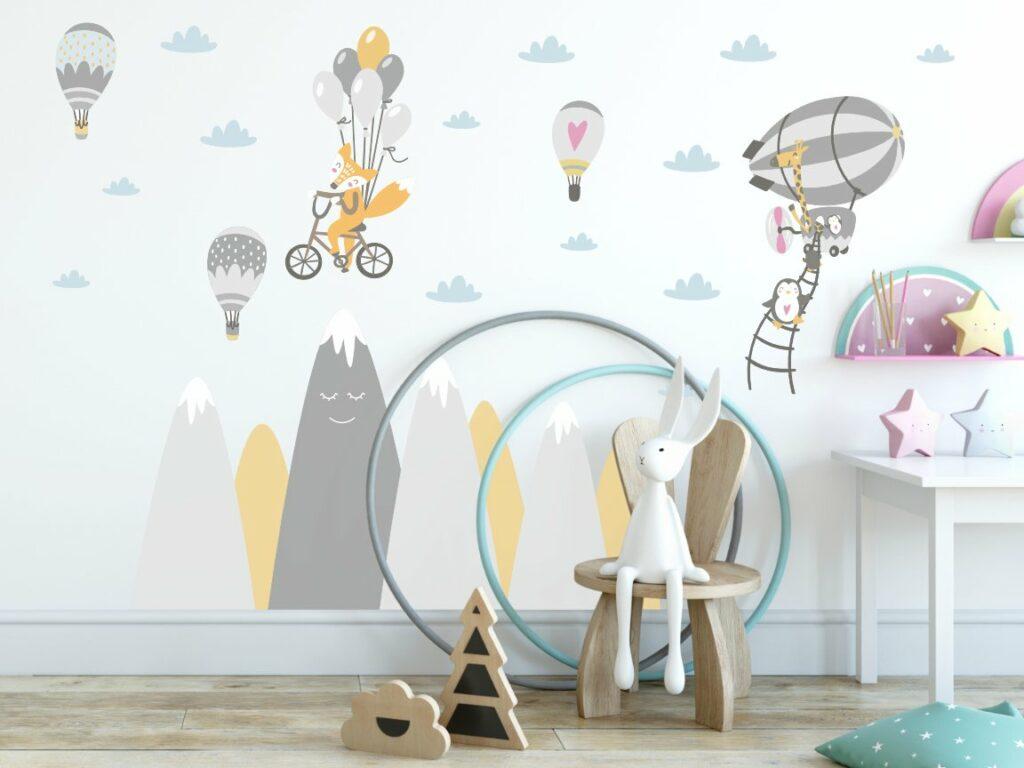 Naklejki z balonami i górami