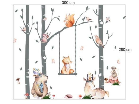 Leśne zwierzęta z drzewkami