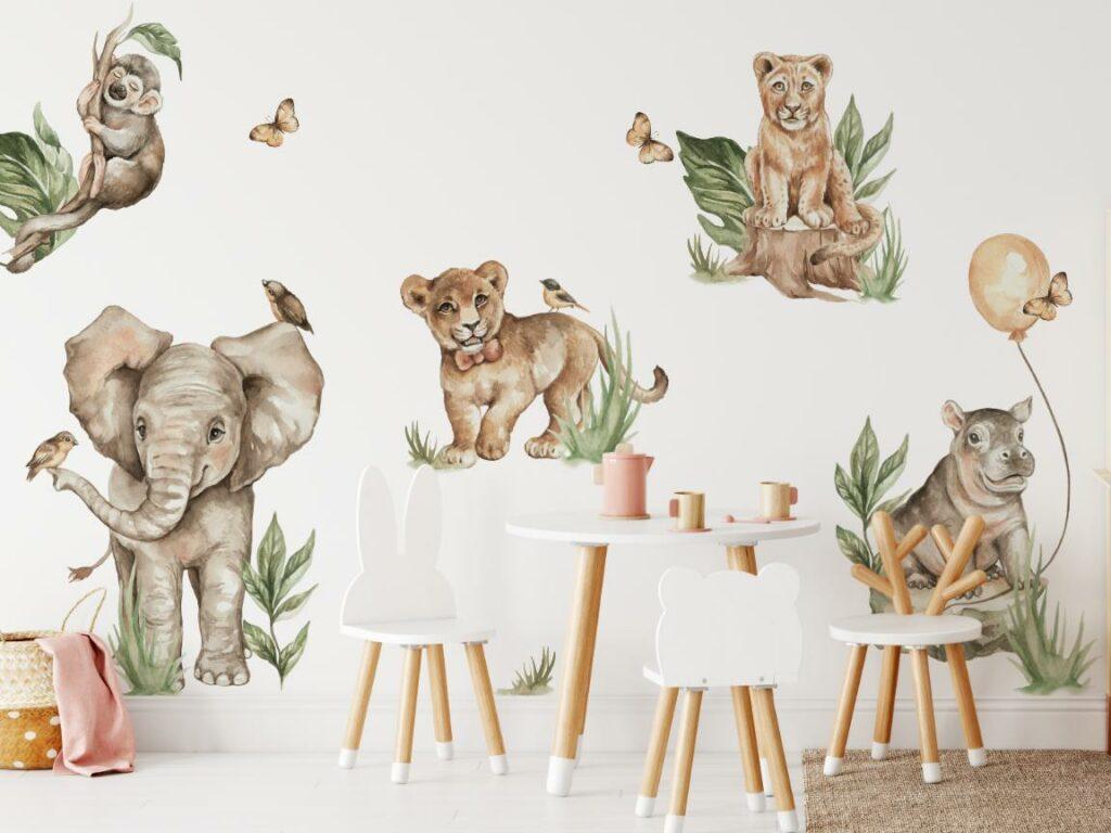 Naklejki na ścianę lew i przyjaciele